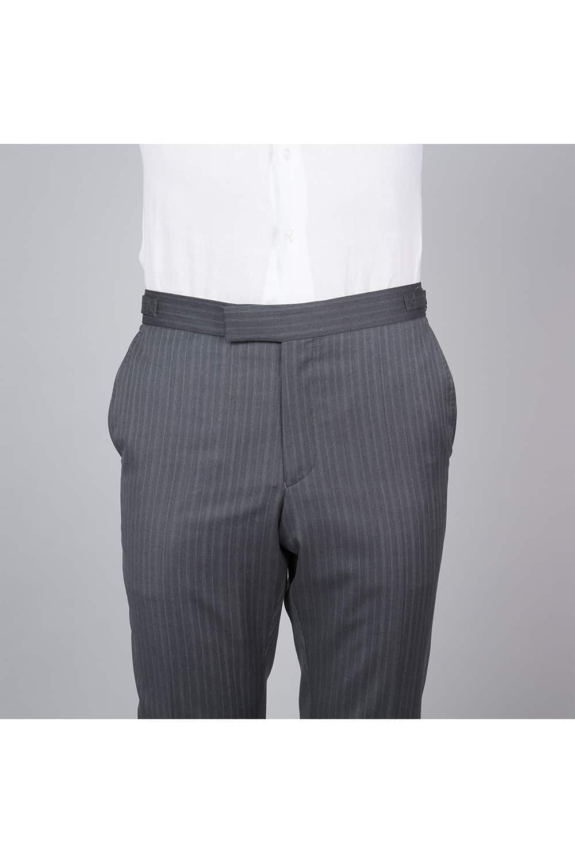 cérémonie tenue grise gilet blanc tailleur face pantalon