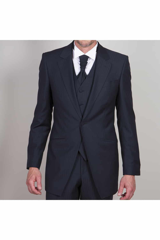 cérémonie tenue de mariage redingote bleue tailleur paris col cravatière