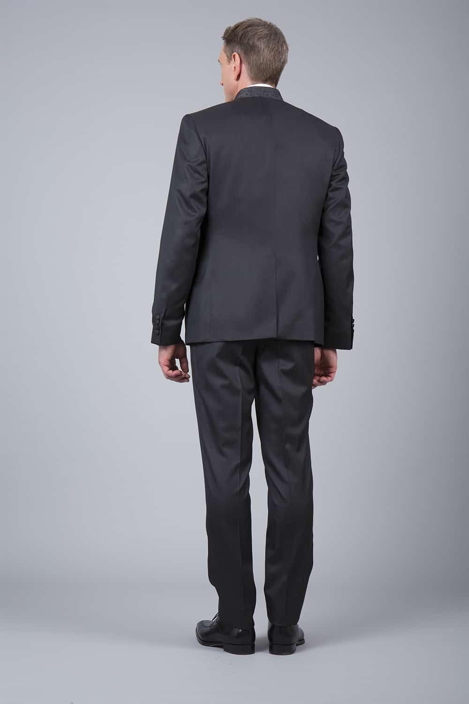 cérémonie tenue grise tailleur pantalon